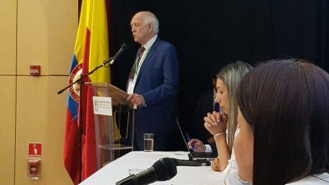 AMRA Y UNIVERSIDAD DE ANTOFAGASTA PARTICIPARON EN LANZAMIENTO DE LA RED DE INSTITUCIONES DE EDUCACIÓN SUPERIOR CON CENTROS ACACIA (RIESC ACACIA)