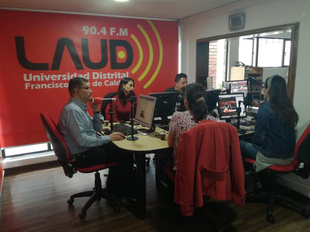 Equipo del módulo Apoya en el espacio de la emisora LAUD