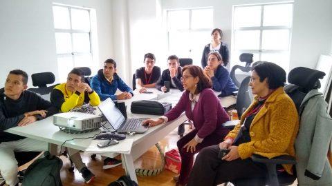 Estudiantes de la Universidad Surcolombiana del Huila visitaron el Centro Acacia
