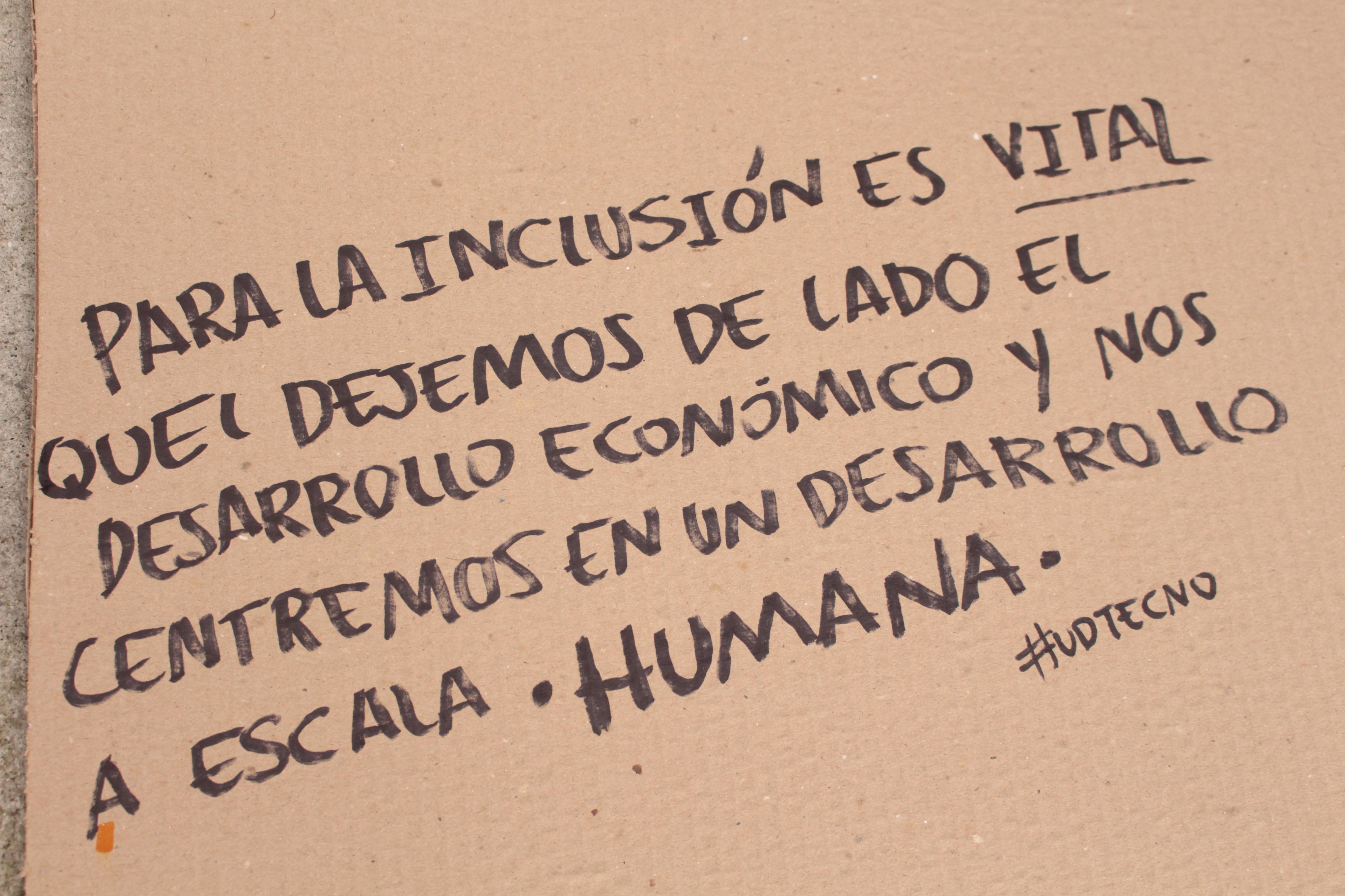 Para la inclusión es vital que dejemos de lado el desarrollo económico y nos centremos en un desarrollo a escala humana