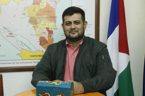 El Dr. William Flores, miembro de la RIESC-Acacia, recibió el 'Reconocimiento al logro científico' por parte del (Conicyt)